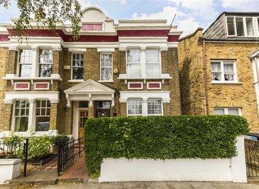 Birkbeck Grove, London, W3