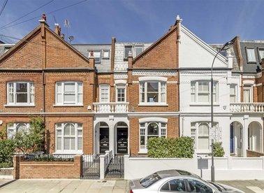 Properties for sale in Bovingdon Road - SW6 2AP view1