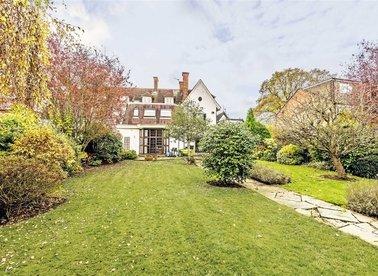 Properties sold in Broom Road - TW11 9PG view1