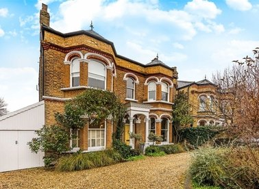 Properties for sale in Castelnau - SW13 9EX view1