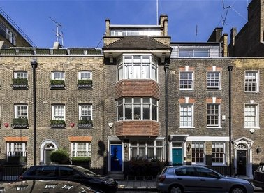 Properties for sale in Catherine Place - SW1E 6DX view1