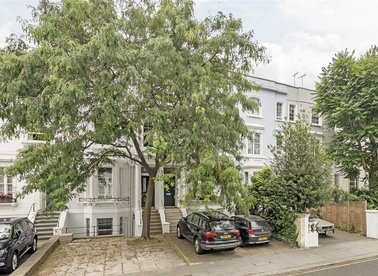 Properties for sale in Earls Court Gardens - SW5 0TD view1