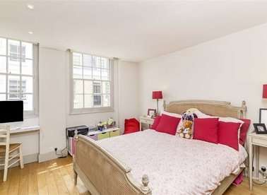 Properties for sale in Eccleston Square Mews - SW1V 1QN view1