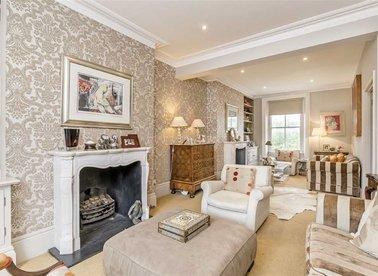 Properties for sale in Gunter Grove - SW10 0UJ view1