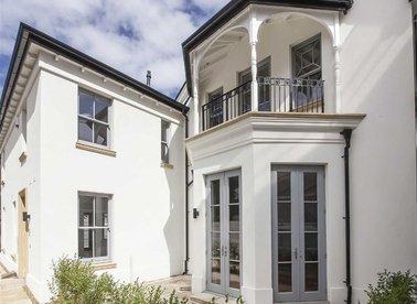 Properties for sale in Hampton Road - TW12 1JQ view1