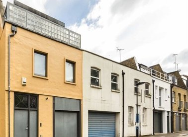 Properties for sale in Johns Mews - WC1N 2PA view1