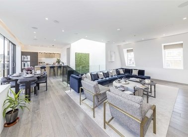 Properties for sale in Seymour Place - W1H 1BG view1
