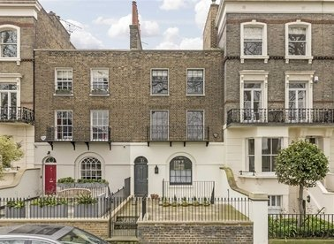 Properties for sale in Vincent Square - SW1P 2LX view1