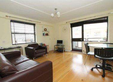 Properties to let in Newton Street - WC2B 5EG view1