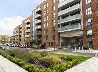 Properties to let in Singapore Road - W13 0EP view1