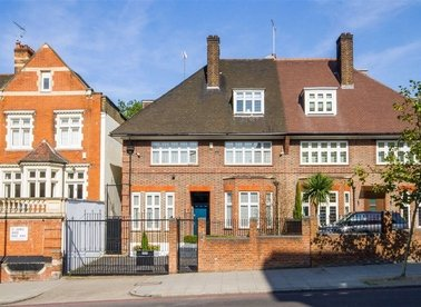 Properties to let in St. Johns Wood Road - NW8 8RB view1