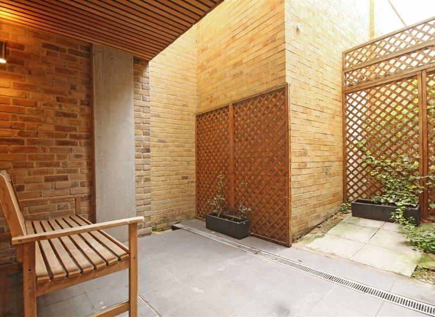 Properties for sale in Belmont Road - W4 5UL view5