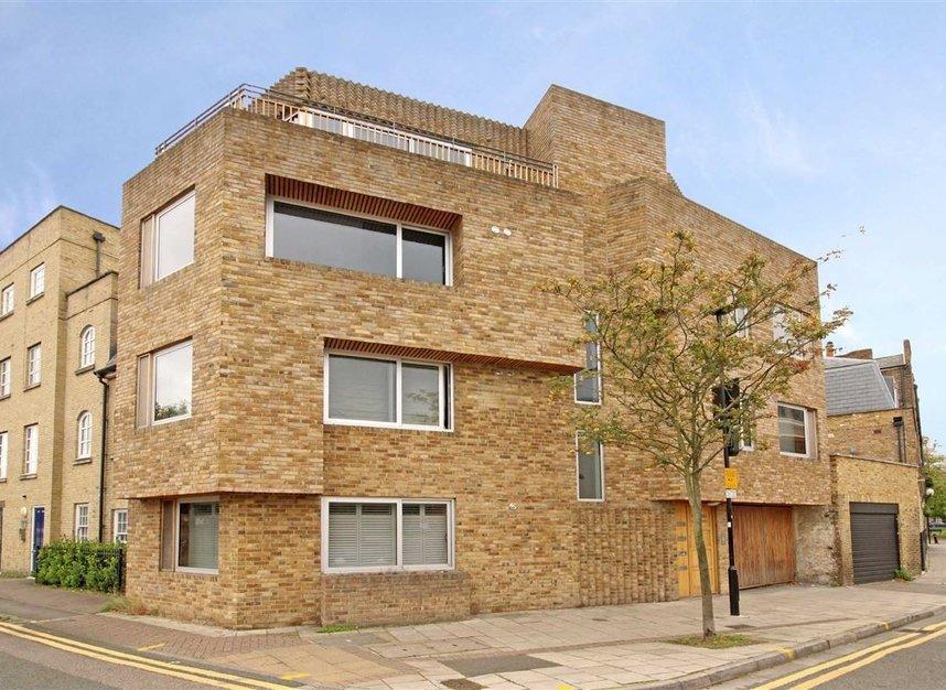 Properties for sale in Belmont Road - W4 5UL view1
