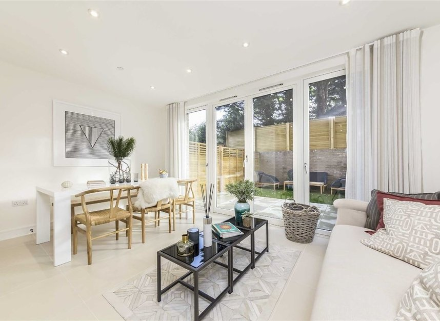 Properties for sale in Bourke Close - SW4 8ER view4