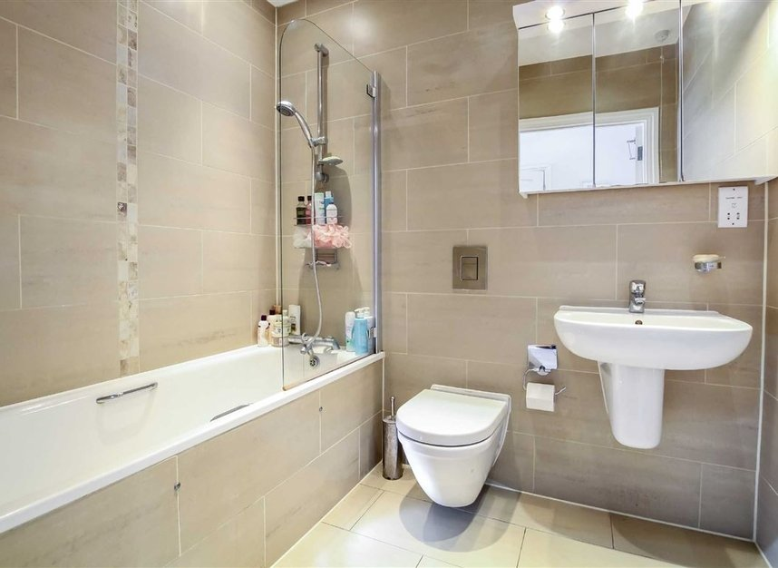 Properties for sale in Brixton Road - SW9 7AW view4
