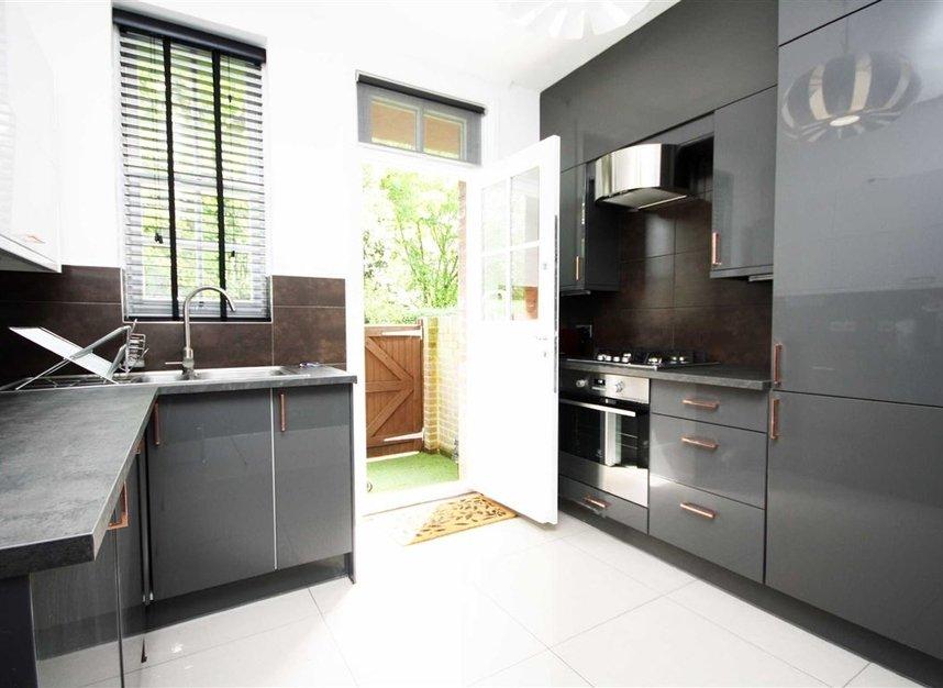 Properties for sale in Bromyard Avenue - W3 7JD view3