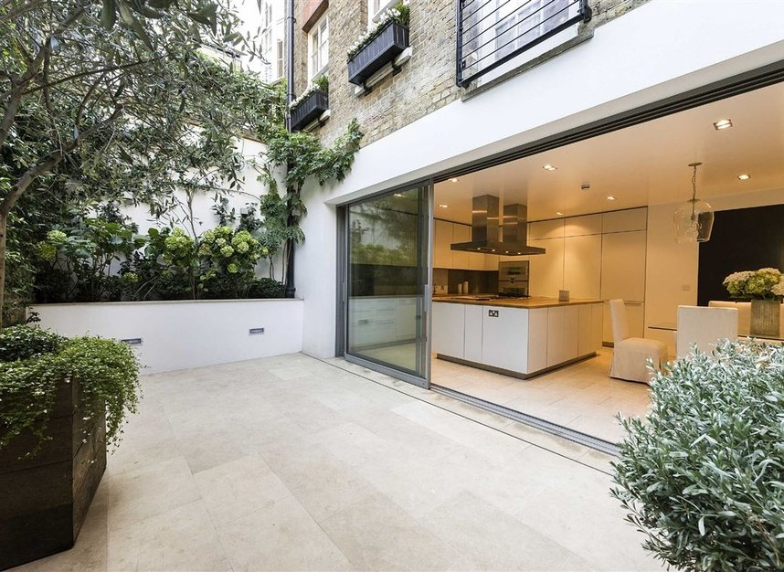 Properties for sale in Buckingham Place - SW1E 6HR view3