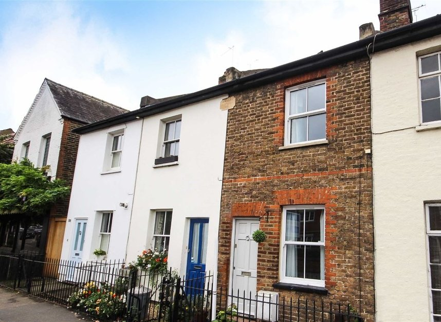 Properties For Sale In Canbury Park Road