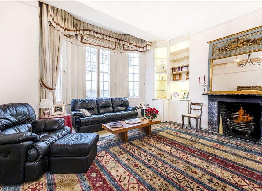 Properties for sale in Chelsea Embankment - SW3 4LF view2