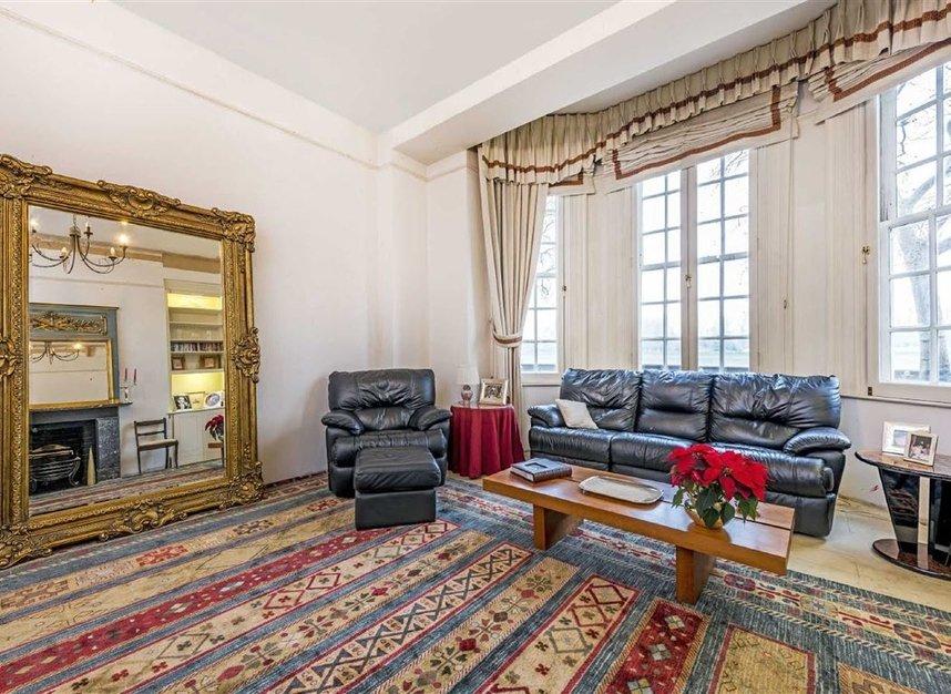 Properties for sale in Chelsea Embankment - SW3 4LF view3