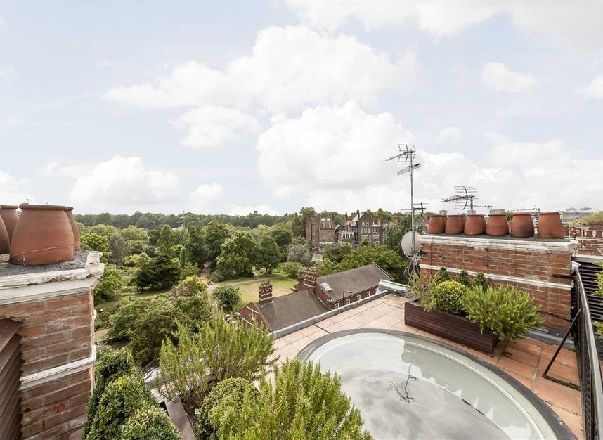 Properties for sale in Cheyne Place - SW3 4HH view14