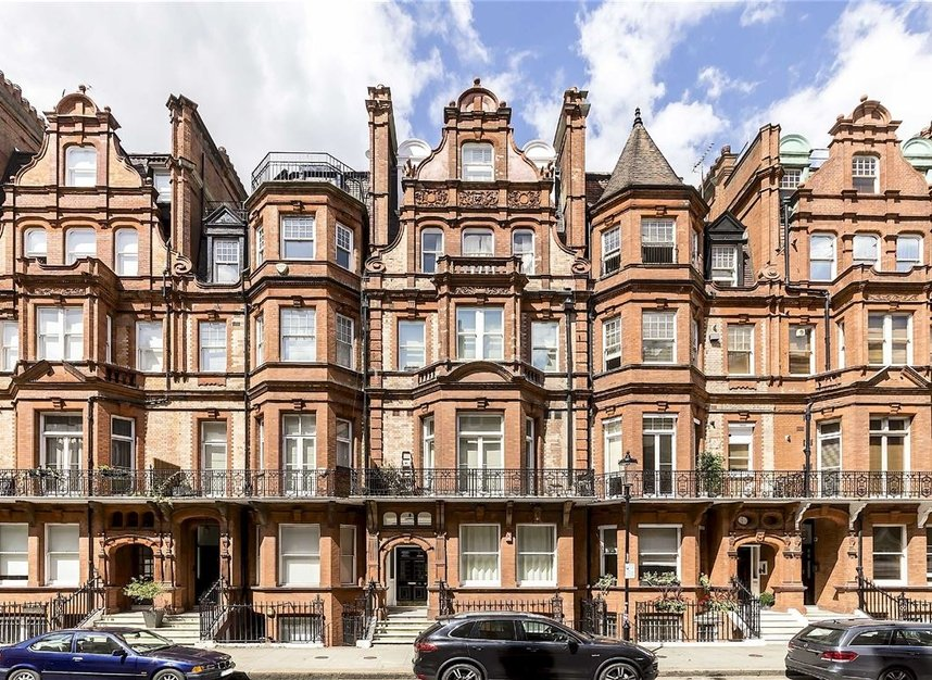 Properties for sale in Draycott Place - SW3 2SA view1