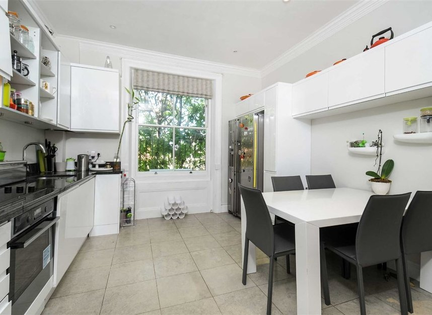 Properties for sale in Draycott Place - SW3 2SA view7