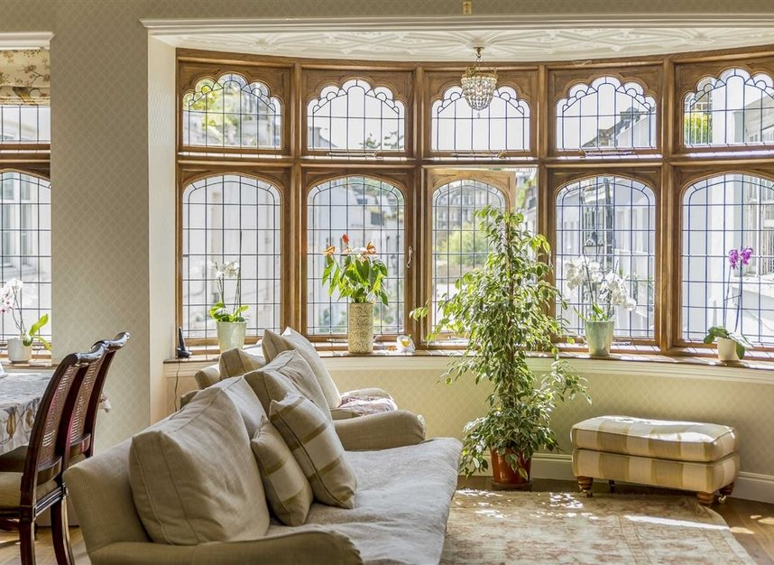 Properties for sale in Ennismore Gardens - SW7 1NH view13