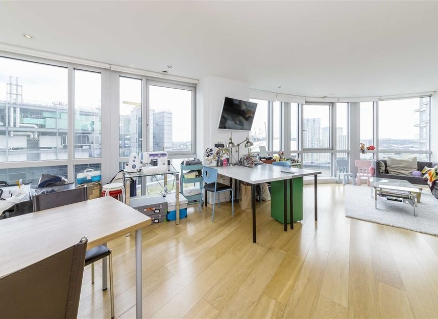 Properties for sale in Fairmont Avenue - E14 9JB view2