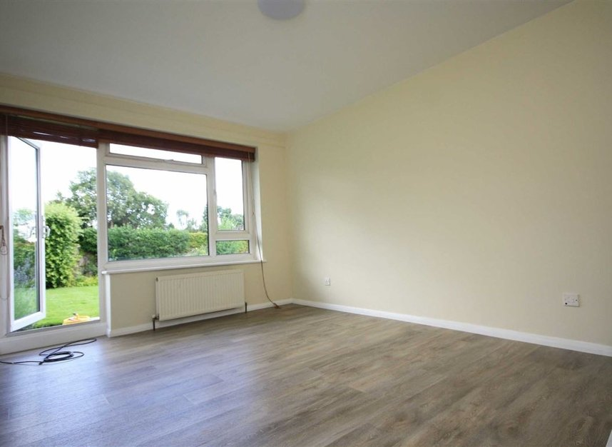 Properties for sale in Galsworthy Road - KT2 7BL view2
