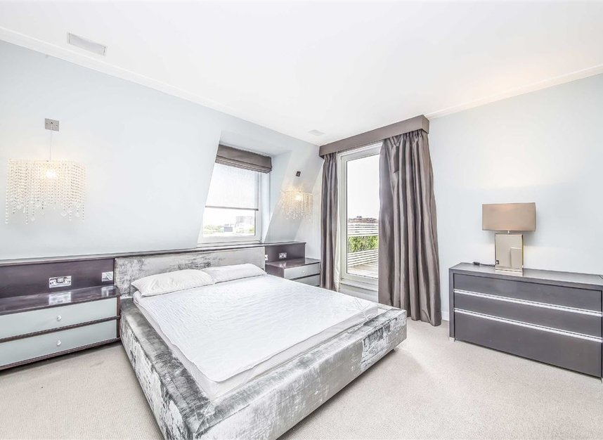 Flat for sale in grove end road london nw8 dexters for 1801 avenue of the stars 6th floor