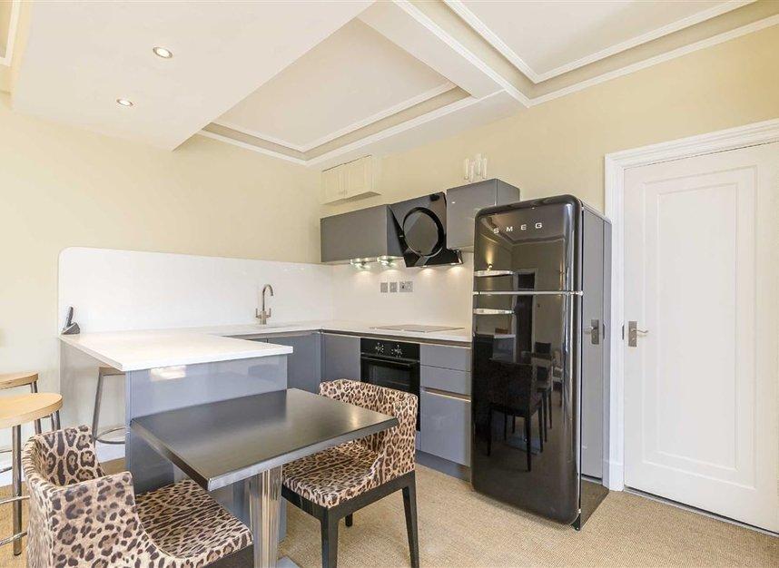 Properties for sale in Hallam Street - W1W 6JP view3