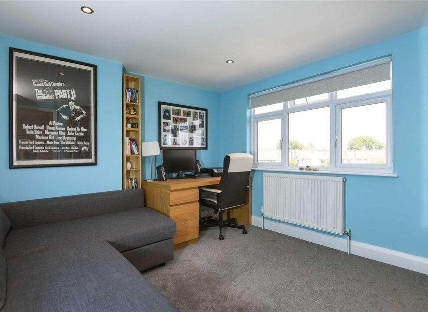 Properties for sale in Hatherop Road - TW12 2RH view4