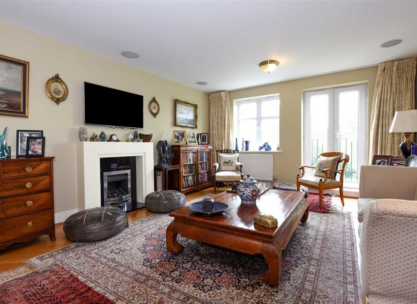 Properties For Sale In Home Park Road