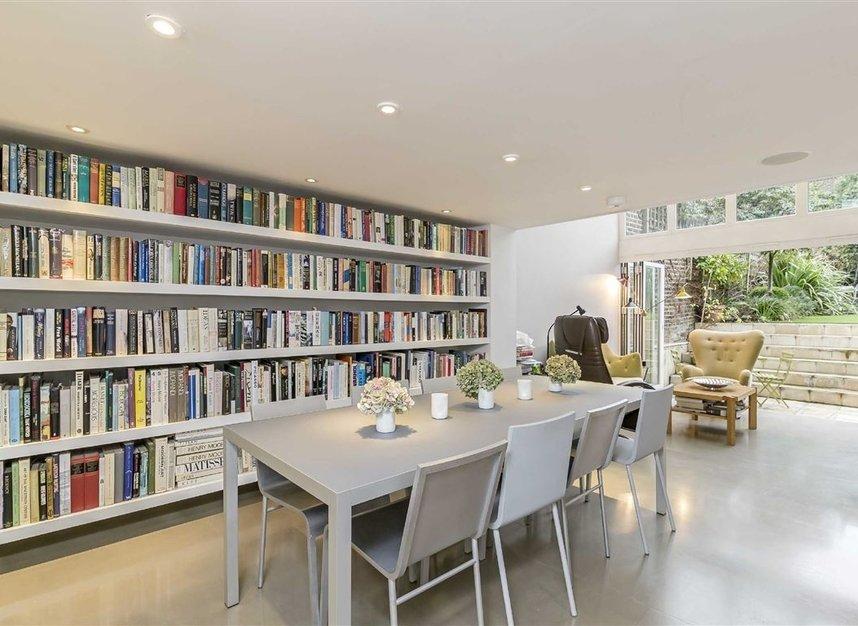 Properties for sale in Ladbroke Grove - W11 3BQ view6