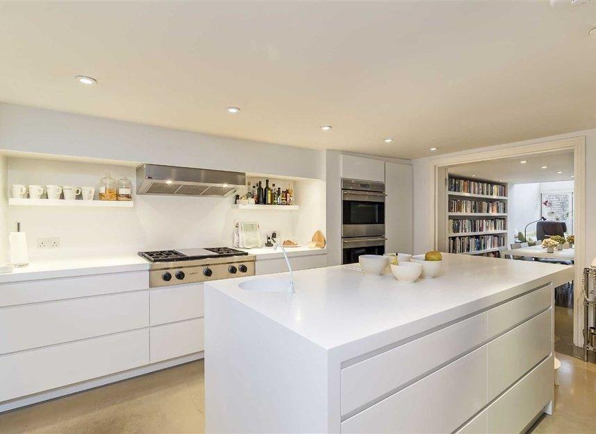 Properties for sale in Ladbroke Grove - W11 3BQ view5