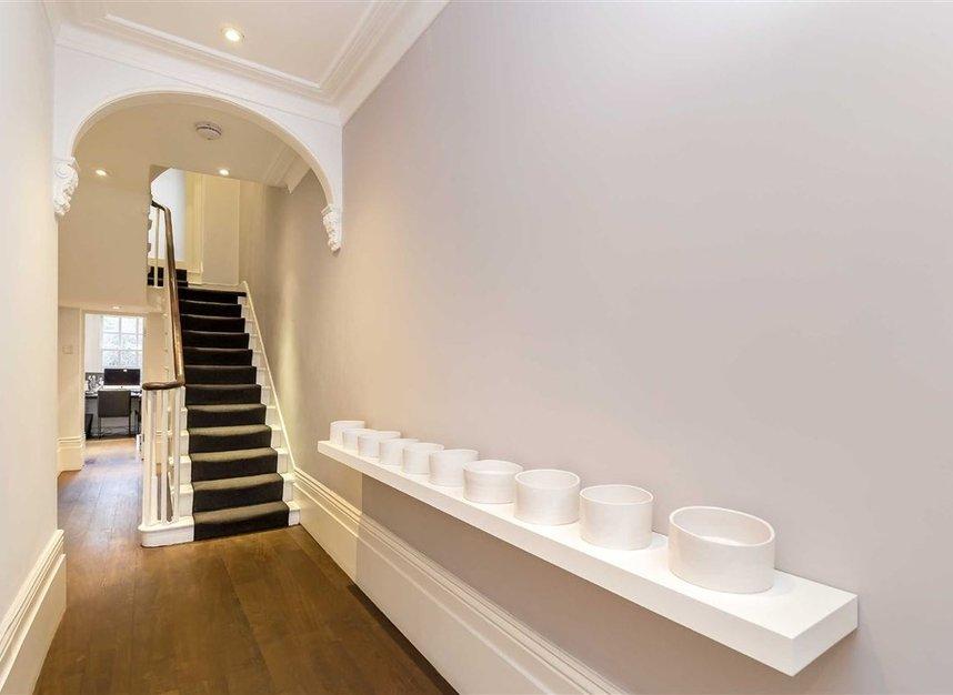 Properties for sale in Ladbroke Grove - W11 3BQ view12