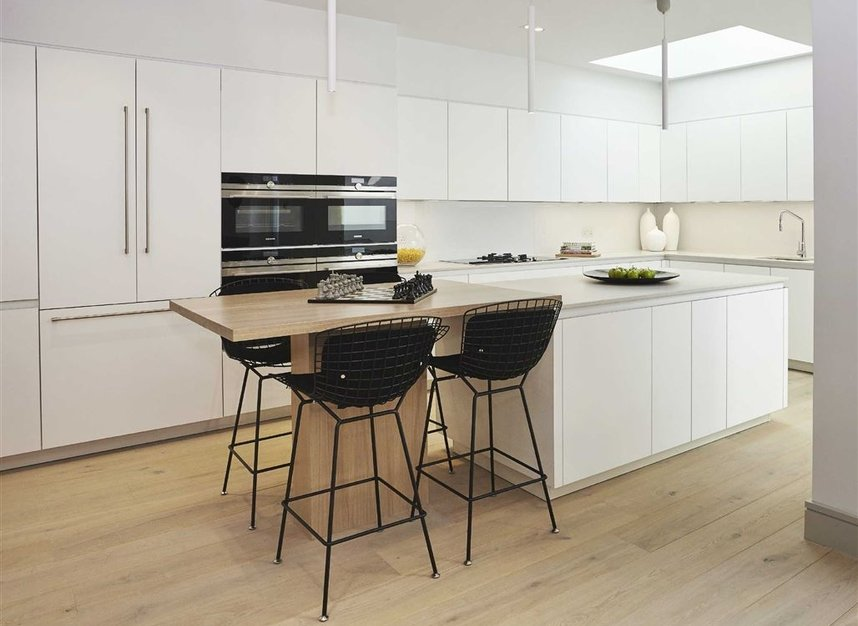 Properties for sale in Ladbroke Grove - W11 2HE view3