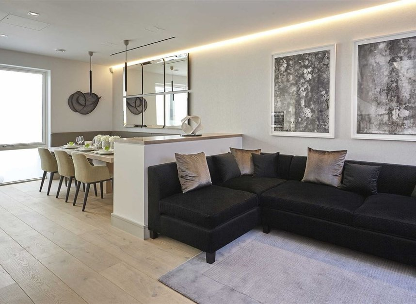 Properties for sale in Ladbroke Grove - W11 2HE view4