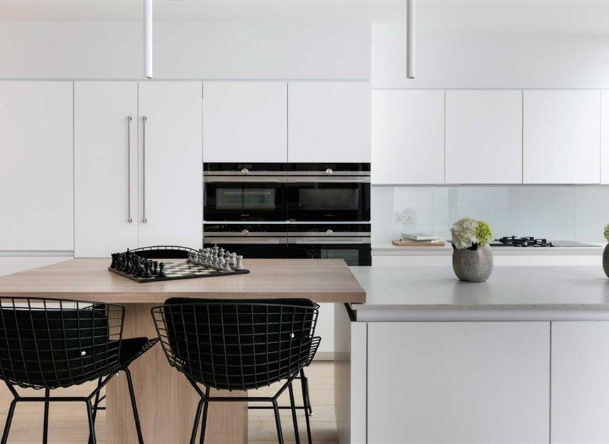 Properties for sale in Ladbroke Grove - W11 2HE view10
