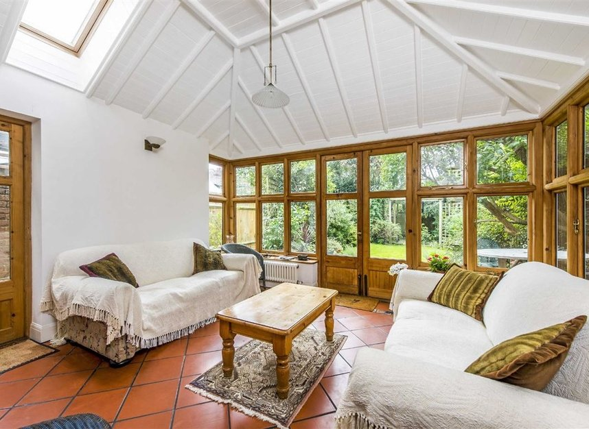 Properties for sale in Leinster Avenue - SW14 7JW view5