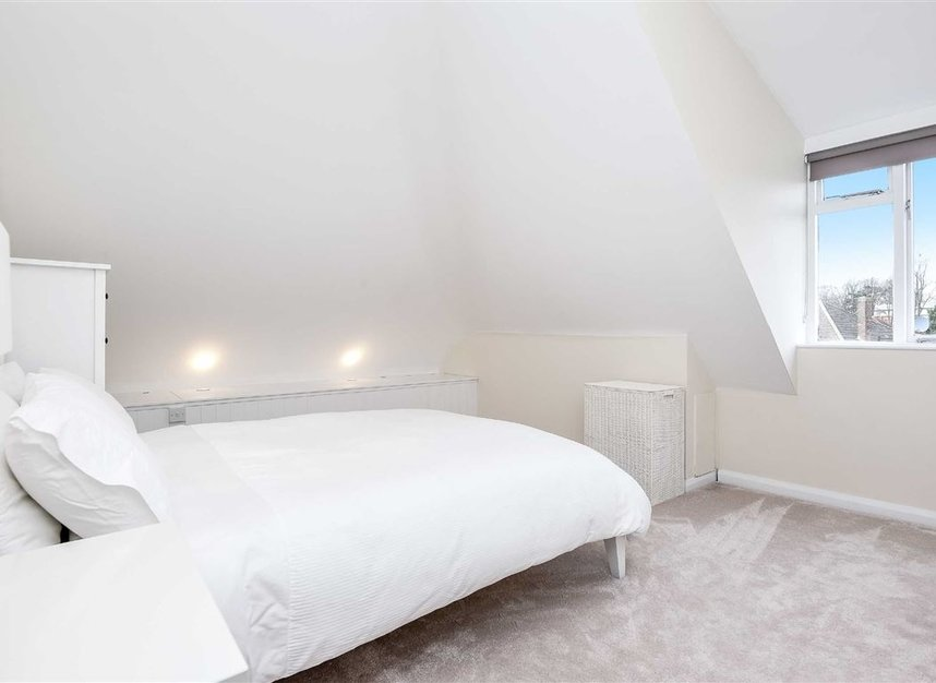Properties for sale in Leopold Road - SW19 7JE view6