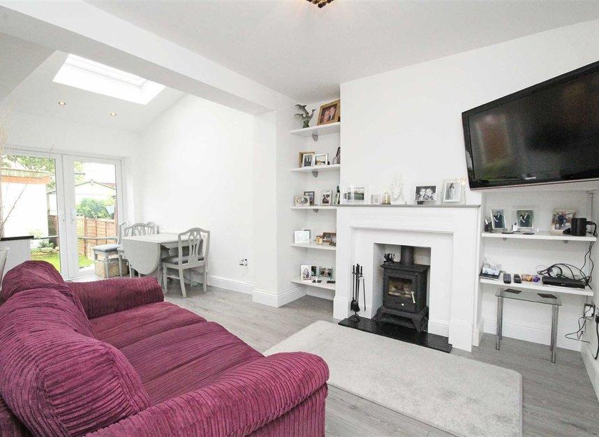 Properties sold in Lisbon Avenue - TW2 5HL view2