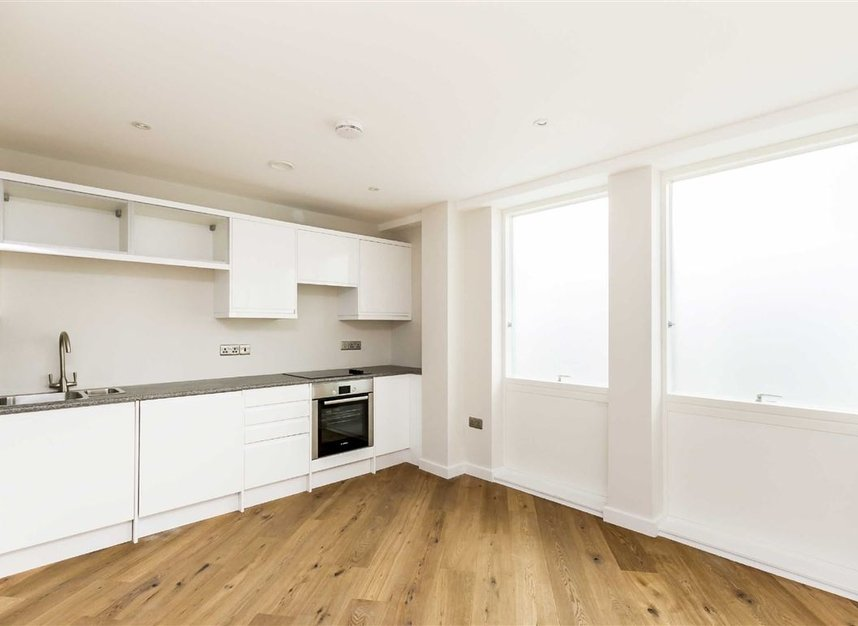 Properties for sale in London Road - KT2 6QL view2