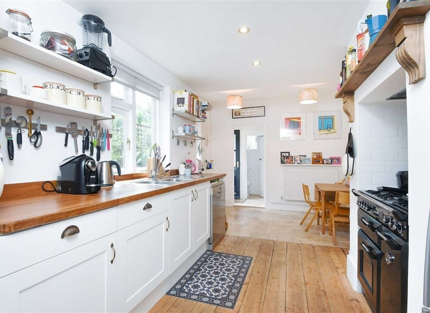 Properties for sale in Lorn Road - SW9 0AD view3