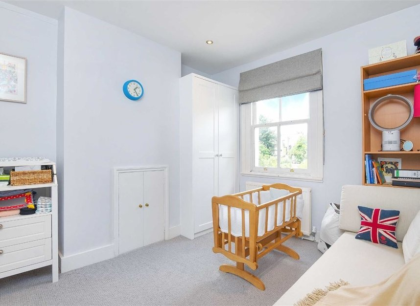 Properties for sale in Lorn Road - SW9 0AD view8