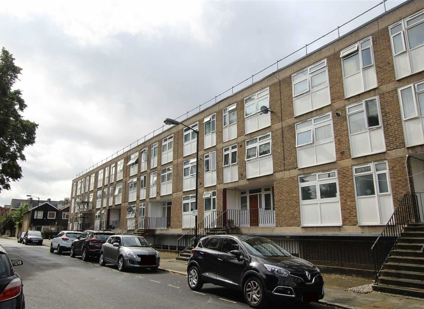Properties for sale in Lorrimore Square - SE17 3QU view1
