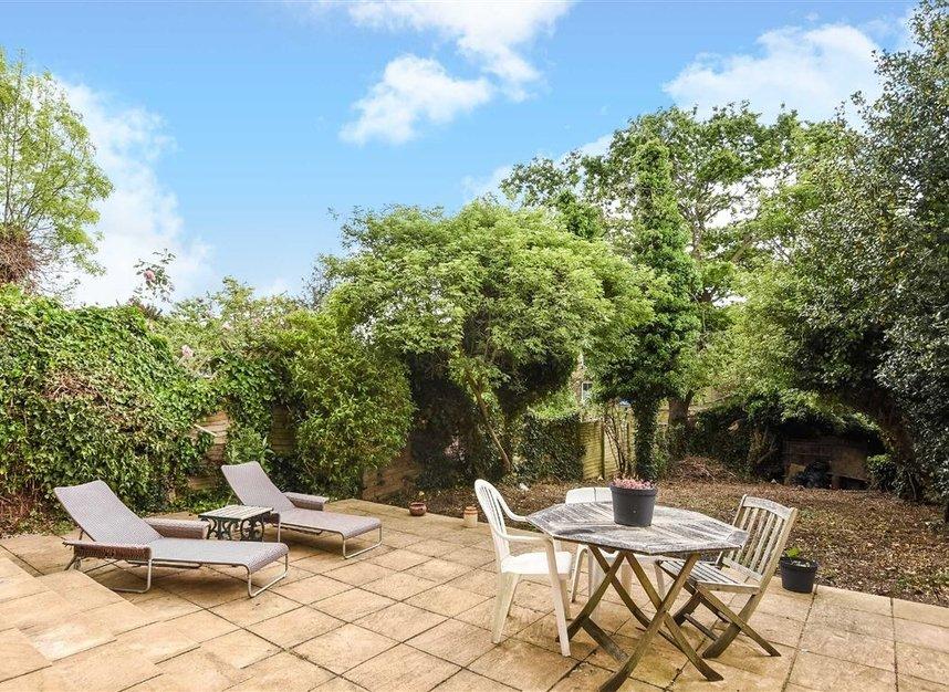 Properties for sale in Lynton Road - W3 9HP view7