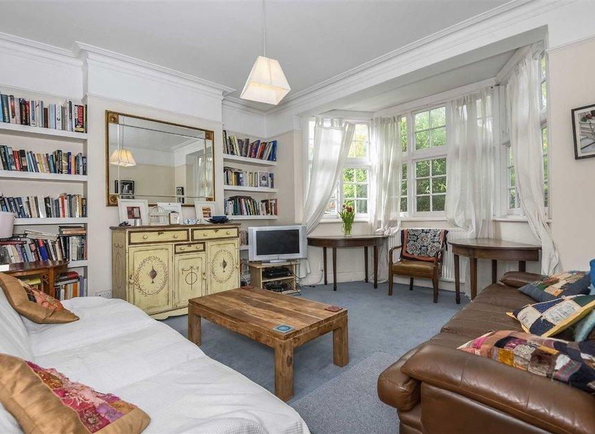 Properties for sale in Lynton Road - W3 9HP view2