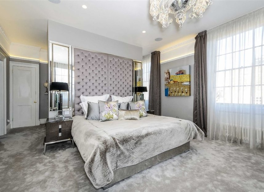 Properties for sale in Myddelton Square - EC1R 1XX view6